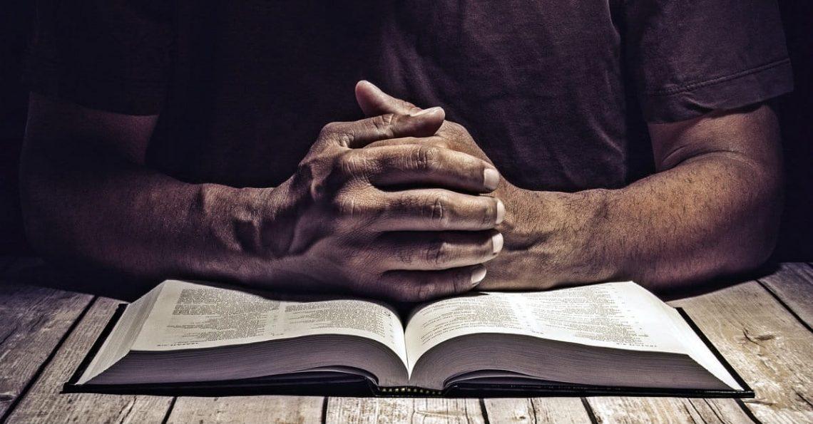 Praying Hands - Discernment